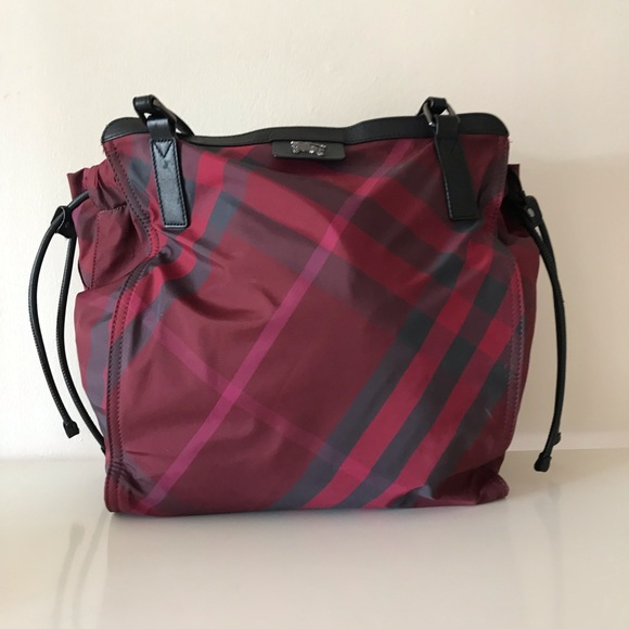 Burberry Handbags - 💯 Sale Sale Sale Authentic Burberry Large tote 64b845e8737ae